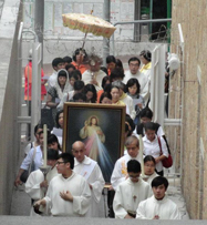 Divine_Mercy_Sunday_20120415_15.jpg